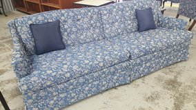 BLUE COUCH in Camp Lejeune, North Carolina