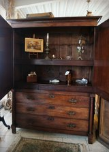 One of a kind armoire with dresser in Stuttgart, GE