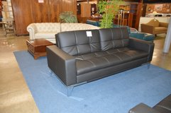 Black Leather Click Back Sofa w/ usb ports/power outlet  Like new in Fort Lewis, Washington