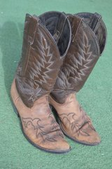 Men's Acme Cowboy Boots - 9 D in Alamogordo, New Mexico