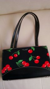 New Kate Spade Black & Red Flowered design Purse in Fort Bliss, Texas