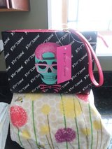 Betsy Johnson skull purse brand new in Algonquin, Illinois