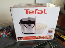 8 in 1 Tefal  electronic  cooker in Lakenheath, UK