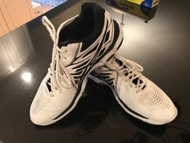 ASICS men's volleyball shoes size 12 in St. Charles, Illinois