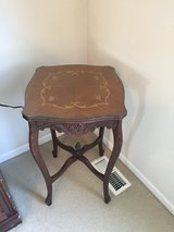 Vintage carved side table in Bolingbrook, Illinois
