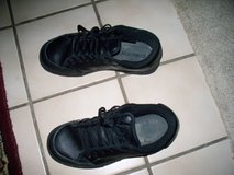 Mens work shoes in Travis AFB, California