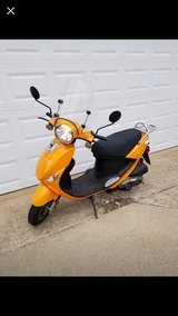 Buddy scooter in Glendale Heights, Illinois