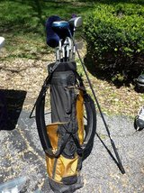 Golf Set with Bag, Balls, Tees, etc... in Tinley Park, Illinois