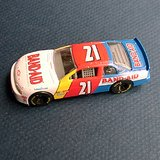 # 21 Michael Waltrip 1998 Monte Carlo 1:64 Band-Aid Toy Car in St. Charles, Illinois