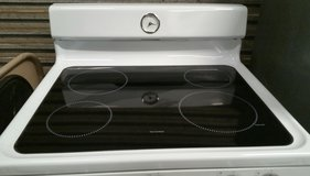 GE Electric Oven in Cleveland, Texas