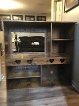 "32"" TV Stand in Fort Campbell, Kentucky"