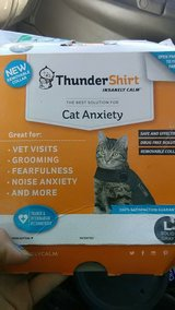 Thundershirt for cat size Large new in 29 Palms, California