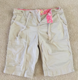 WEATHERPROOF Women's Beige Capri Bermuda Walking Shorts Sz 10 in Orland Park, Illinois
