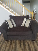 Couch/oversized chair set1 in Joliet, Illinois