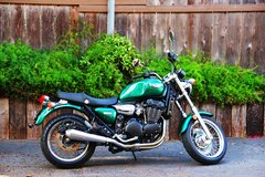 2000 Triumph Legend TT 900 with only 4,176 original miles One Owner in Camp Pendleton, California