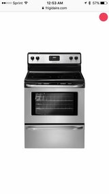 Brand New Stainless Frigidaire Range in Naperville, Illinois