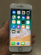 like new iPhone 6S Rose Gold 16 GB unlocked in Joliet, Illinois