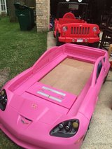 Twin/toddler corvette bed (Like new) in The Woodlands, Texas