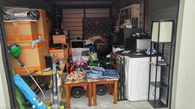 STORAGEWARS**ENTIRE STORAGE CONTENTS LOT SALE in Fort Campbell, Kentucky