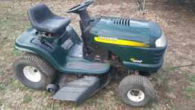 Craftsman riding mower in St. Charles, Illinois