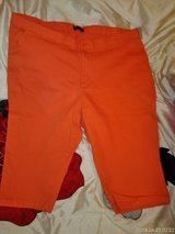 (Plus Size) Ladies Rider Lee Capri's--NWOT in Fort Campbell, Kentucky