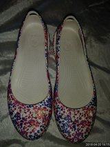 Ladies Croc Shoes in Fort Campbell, Kentucky