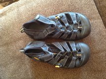 Keen Kids Shoes in St. Charles, Illinois