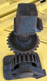 VINTAGE ANTIQUE CAST IRON RATCHETING SCREW JACK Model 1A No16 FLIP TOP AUTO FARM in Fairfield, California