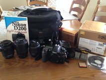 Nikon D200 and 3 lenses in Glendale Heights, Illinois