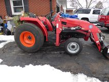 Mitsubishi Diesel 4x4 Tractor w/ Loader & more 160 hours in Oswego, Illinois