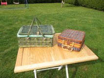 picnic baskets with contents in Ramstein, Germany