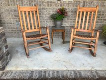 rocking chairs & table in Fort Rucker, Alabama