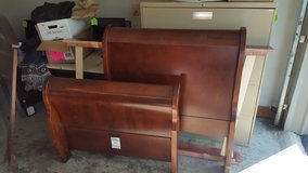 Twin Size Sleigh bed in Fort Knox, Kentucky
