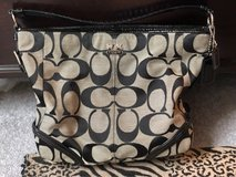 coach monogram purse (authentic) in Fort Knox, Kentucky