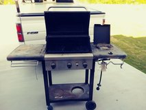 3 Burner Gas Grill with Side Burner - $30 (Southern Harker Heights) in Fort Hood, Texas