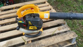 POULAN PRO HANDHELD BLOWER in Livingston, Texas