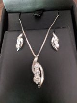 14K White gold diamond necklace and earrings set in Cleveland, Texas