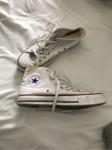 women's converse in Glendale Heights, Illinois