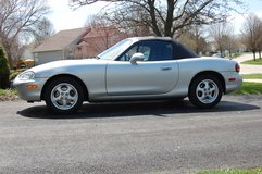 1999 Mazda Miata in Glendale Heights, Illinois