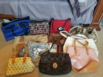11 custom purses in Warner Robins, Georgia