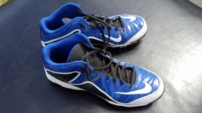 Men's Nike Baseball Cleats in Elgin, Illinois