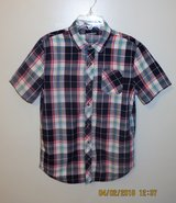 Young Men's Arizona Jean Short Sleeve Button Front Plaid Shirt - Boy's XL 18/20 (Men's Small) in Lockport, Illinois