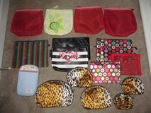 Lot of 16 makeup bags/change purses in Fort Benning, Georgia
