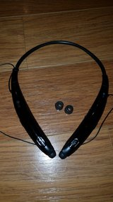 LG Bluetooth Headset in Glendale Heights, Illinois