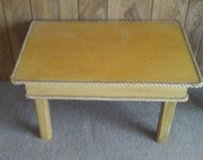 little wooden table in Alamogordo, New Mexico