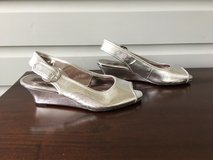 Girls Silver Dress Shoes Size 5; Jessica Simpson Low Wedge Heel in Westmont, Illinois