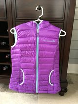 Girls Lightweight Purple Vest with Hood Size 13-14 in Bolingbrook, Illinois