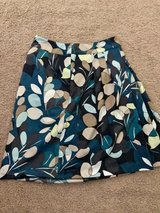 Like New Ann Taylor Mini Pleated Floral Skirt Size 2P in Hampton, Virginia