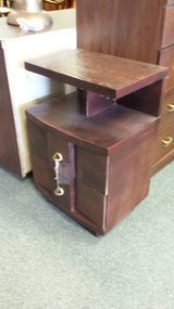 KENT COFFEY 2 drawer nightstand in Bolingbrook, Illinois