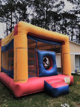 Bounce Round Rental $150 waterslide and LOWER in Camp Lejeune, North Carolina